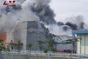 TP.HCM: Cháy tại công ty thực phẩm trong KCN Bình Phước